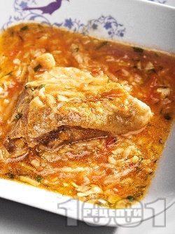 Задушено пиле със зеленчуков сос в тенджера - снимка на рецептата